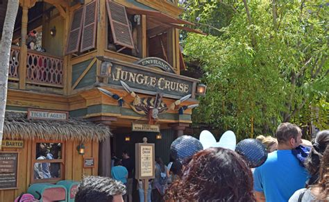 17 best images about disney adventureland on free things to do at disneyland jungle cruise map