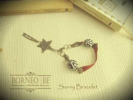 Dreamcatcher Earring By Hnm Anting Branded Fashion Etnik Boho dinomarket pasardino gelang manik borneo be