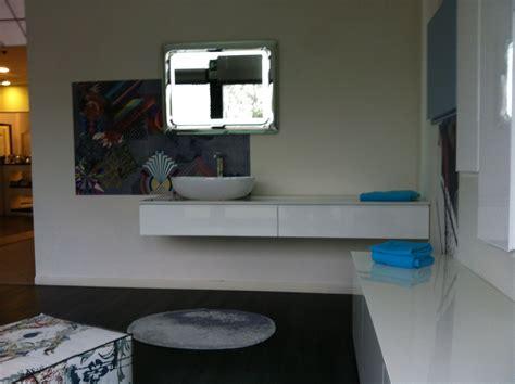 ta bathroom showrooms showroom restyling winter 2013 merchandise deals meinardi
