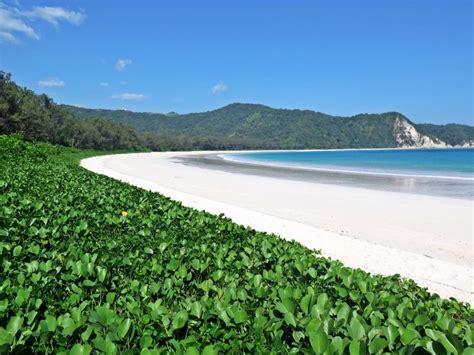 tarimbang beach  sumba island indonesia sumba island