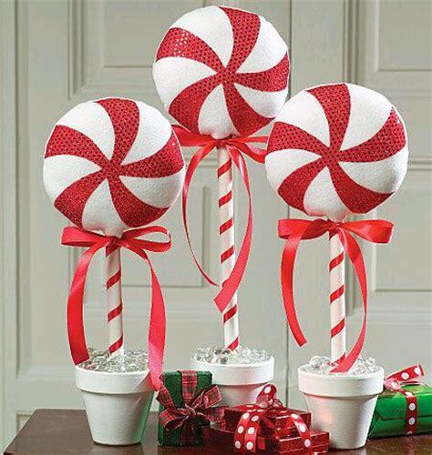 Fake Outdoor Topiary Trees - m 225 s y m 225 s manualidades c 243 mo hacer decoraciones de caramelos navide 241 os con materiales f 225 ciles y