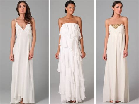 casual flowy wedding dresses perfect for a wedding