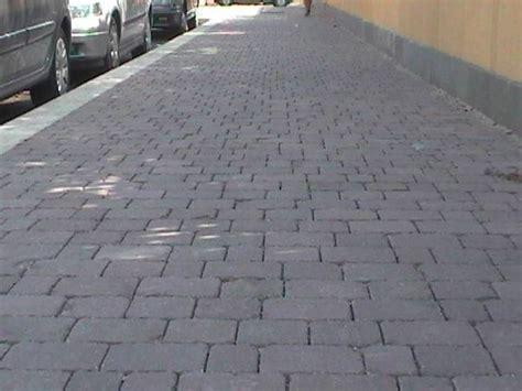 pavimento esterno in cemento pavimenti in cemento accessori da esterno pavimenti in