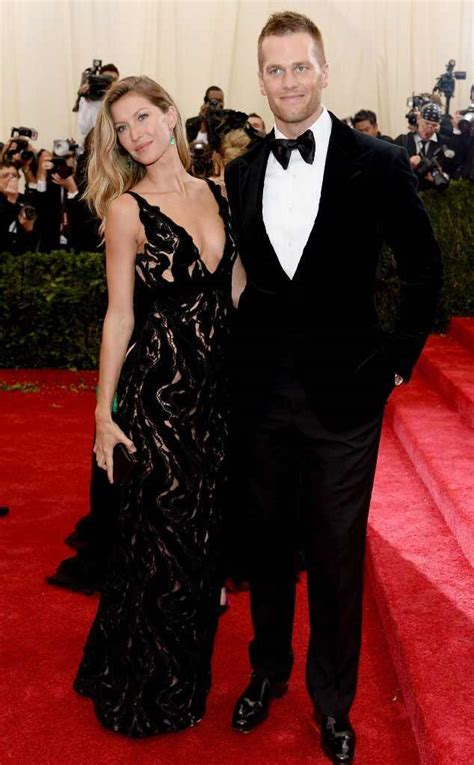 Gisele Bündchen and Tom Brady Celebrate 7th Wedding