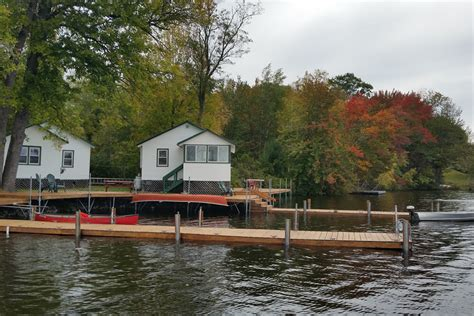 Bayview Cabins by Cottage Rental With Kitchen At Sebago Lake Maine