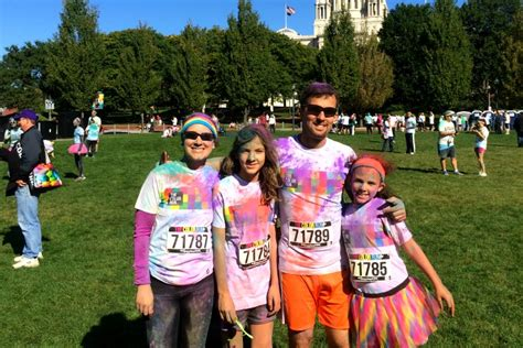 what to wear to a color run the color run providence