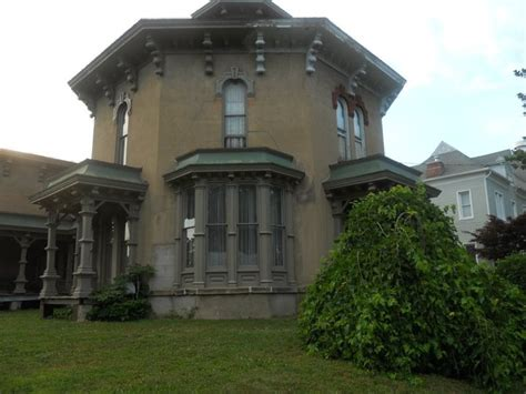 octagon houses side view of octagon house marshall michigan pinterest house and octagon house