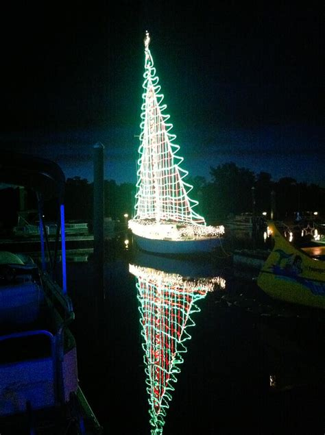 the boat parade christmas boat parades