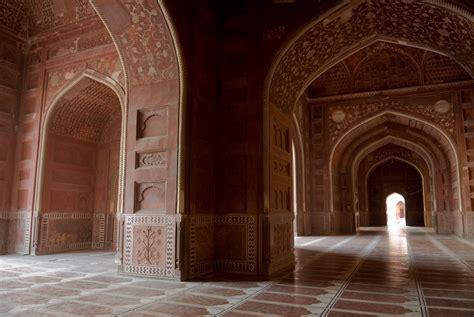 Taj Mahal The Symbol Of Love In Agra Uttar Pradesh India Taj Mahal Interior Design