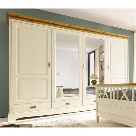 schlafzimmermöbel weiß landhausstil farbgestaltung wohnzimmer braun