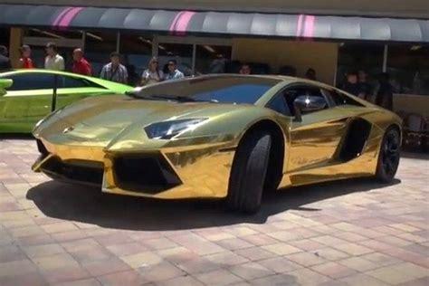 Cena Lamborghini Lamborghini Aventador Pokryty Złotem