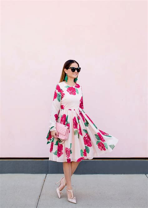 pink peonies rachel parcell jenn lake chicago fashion blogger colorful street