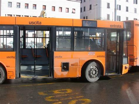 autobus porte di catania argo nuovi orari per la linea g1 studenti centumcellae news