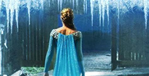 On Elsa New 4 storybrooke gets frozen once upon a time s4 ep1 recap 187 j1 studios the entertainment