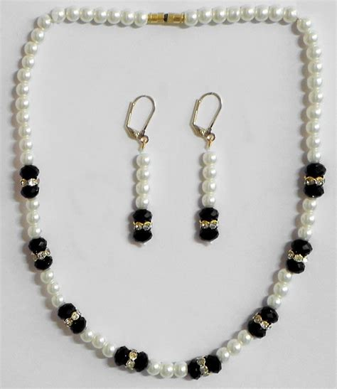 white bead white pearl with black bead necklace with earrings