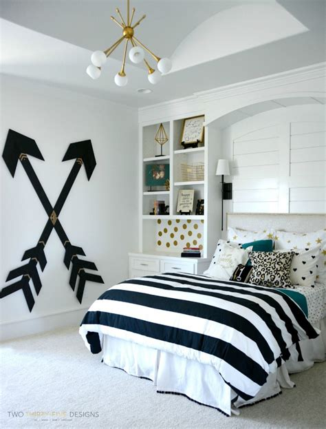 gold black and white bedroom teen girl bedding that will totally transform with the