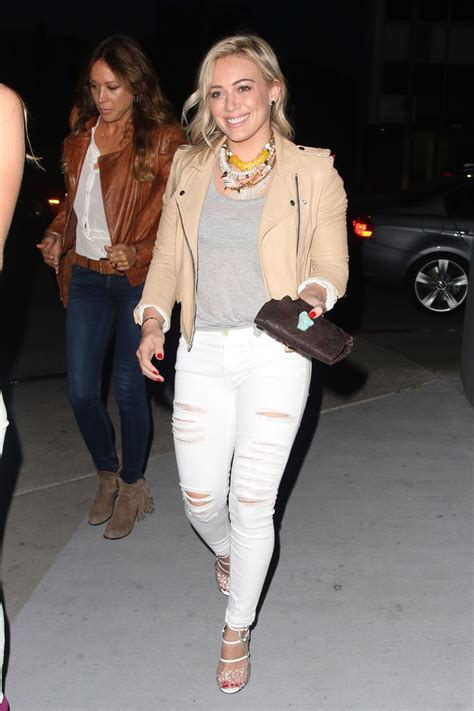 How Would You Wear It Hilary Duff Fabsugar Want Need by Genius New Ways To Wear A Basic T Shirt Grey And