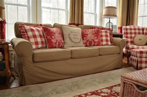 red checkered sofa 1000 ideas about red couch rooms on pinterest red
