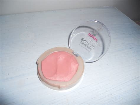 Review Maybelline Bouncy Blush uncoveredbeauty review maybelline bouncy blush