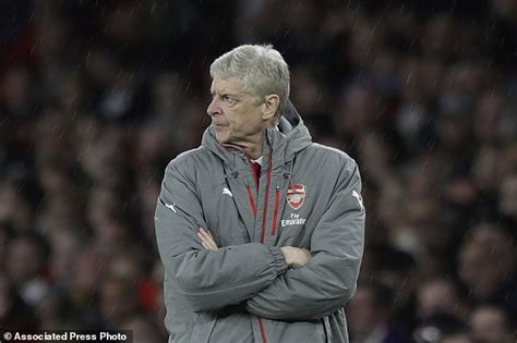 arsenal last match wenger gives little away as arsenal faces top 4 exclusion