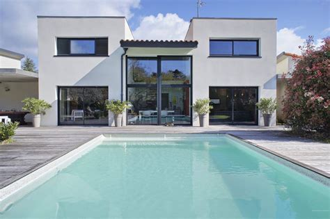 Plan Maison Contemporaine Avec Piscine by Nantes S 232 Vres Superbe Maison Contemporaine Avec Piscine