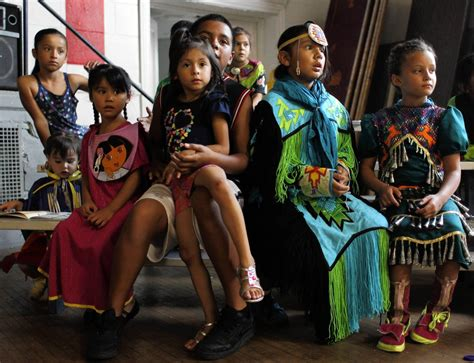 american indians in chicago struggle to preserve culture