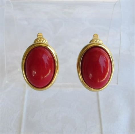 comfort clip earrings trifari fire engine red cabochon comfort clip on earrings