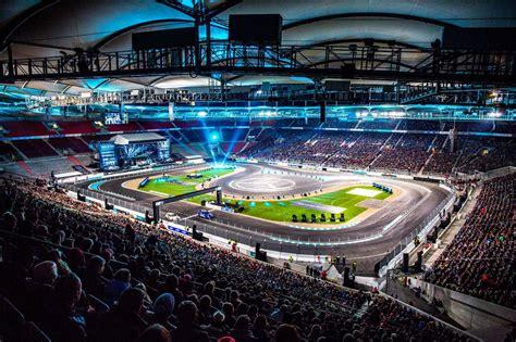 mercedes benz arena stuttgart stars cars 2015 rocks mercedes benz arena in stuttgart