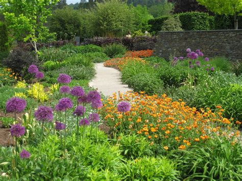 the garden wanderer rhs garden rosemoor devon england