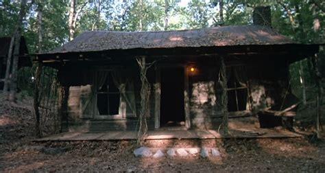 fan restoring original evil dead 2 cabin and workshed
