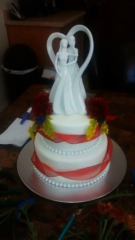 design love fest flower cake live flower wedding cake lovebug s edible designs
