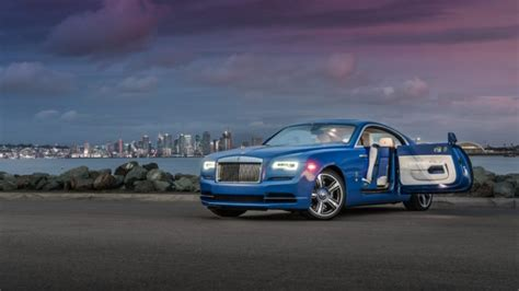 roll royce sky stunning arabian blue 2017 rolls royce wraith for sale