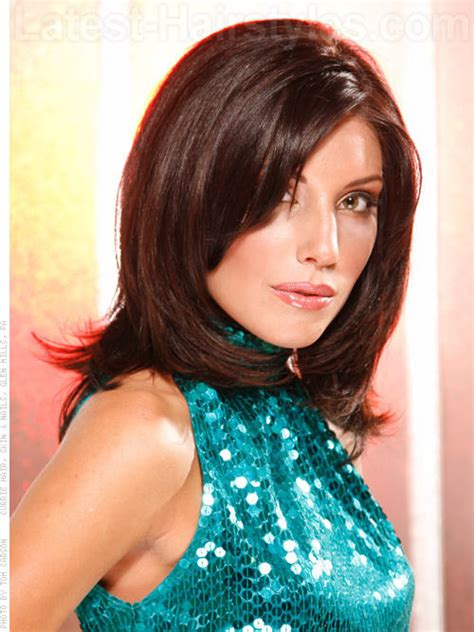 hairstyles for medium length hair brunette brunette medium layered haircuts hairstyles for women