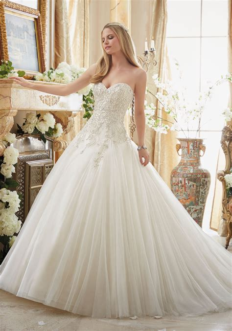 hochzeitskleid ball beaded embroidery on tulle cinderella ball gown style