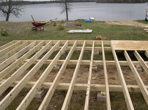 10 x 10 floor joist deck joists 2 215 6 or 2 215 8 deck design and ideas