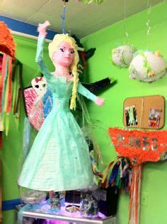 pinatas de la princesa tiana 1000 images about princess pinatas on pinterest
