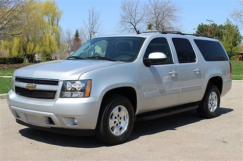 how make cars 2010 chevrolet suburban 1500 on board diagnostic system buy used 2010 chevrolet suburban lt 1500 automatic 6 speed awd 4x4 towing package low mil in