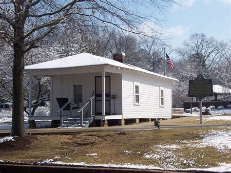 tupelo ms elvis s birthplace homes of elvis