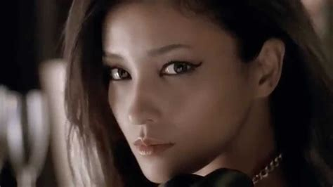 Kate By Kanebo kuroki meisa cm kanebo kate scorpion eyeliner 15 seg 黒木メイサ