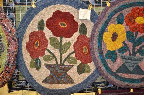 woolwrights rug hooking woolwrights 2016 annual hook in woolwrights rug hooking guild