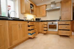 Oak Shaker Kitchen Cabinets Oak Shaker Kitchen St Davids S Kitchens