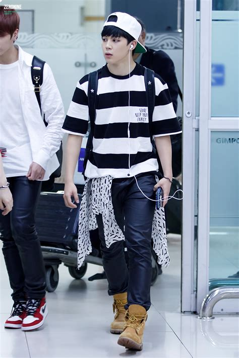 bts airport fashion picture fansitesnap bts at gimpo airport comeback from