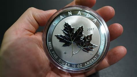 10 oz silver coin canada 2017 10 oz silver canadian magnificent maple leaves review