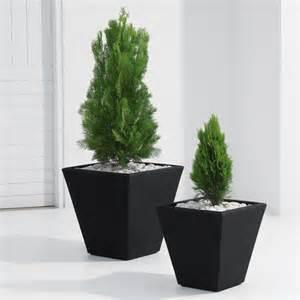 crescent garden gramercy square planter a341614