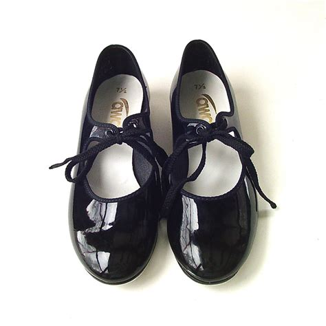 tap shoes vintage black patent tap shoes