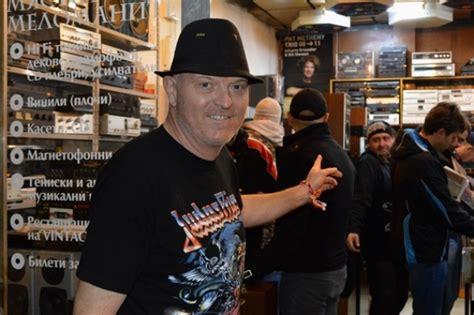 Estas Tonne Vinyl - the march vinyl fair in sofia tangra mega rock
