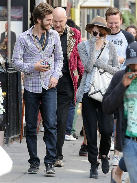 emma stone partner 29 reasons emma stone and andrew garfield should get back