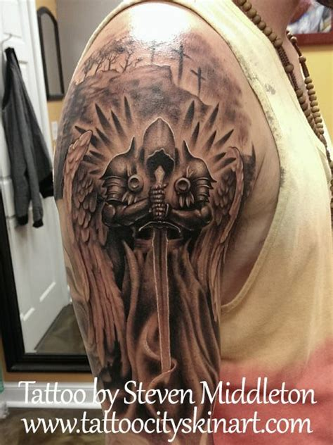 black and grey knight tattoo die besten 17 ideen zu knight tattoo auf pinterest