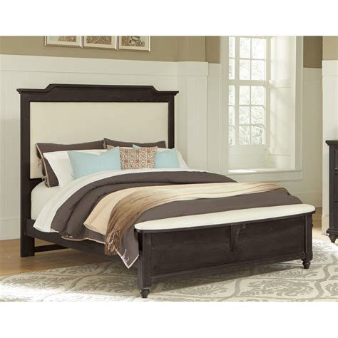 bench for king bed vaughan bassett 370 50 2 nantucket upholstered bed with