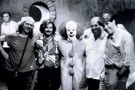 seth green halloween 1978 1990 tim curry as pennywise with crew on the set of it